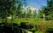 Юго-Осетинский Госдрамтеатр: призрачное будущее или время кричать «Додой»?